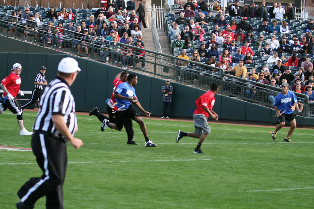 Celebrity Flag Football Challenge game